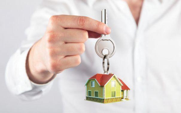 """Veşti bune pentru viitorii proprietari de locuinţe. BNR recomandă modificarea programului """"Prima Casă"""""""