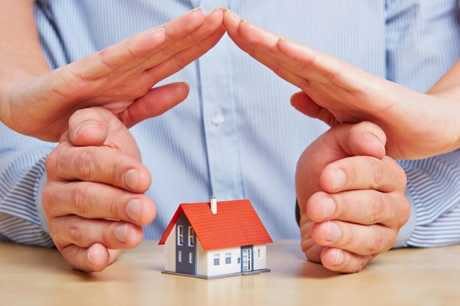 Asigurarea casei devine obligatorie, chiar dacă este locuită sau nu
