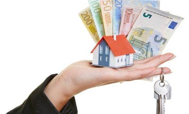 Mai multe credite ipotecare şi mai puţine credite de consum în 2017