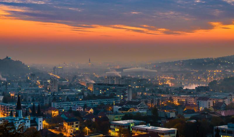 Peste 100 de tranzacţii imobiliare, zilnic, la Cluj. Ce caută clujenii şi preţurile lunii iunie