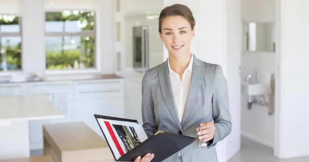 Cele mai frecvente întrebări pentru un agent imobiliar. Ce trebuie să ştii