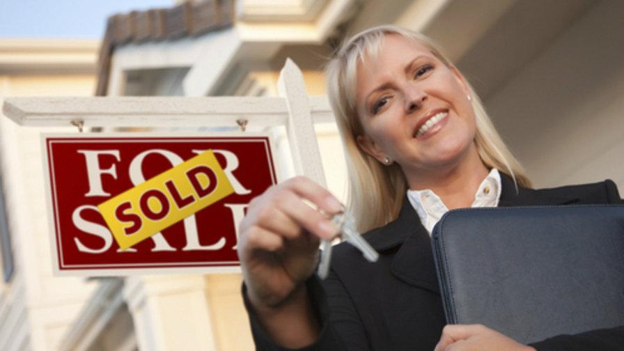 Detalii care pot face diferenţa pentru agenţii imobiliari