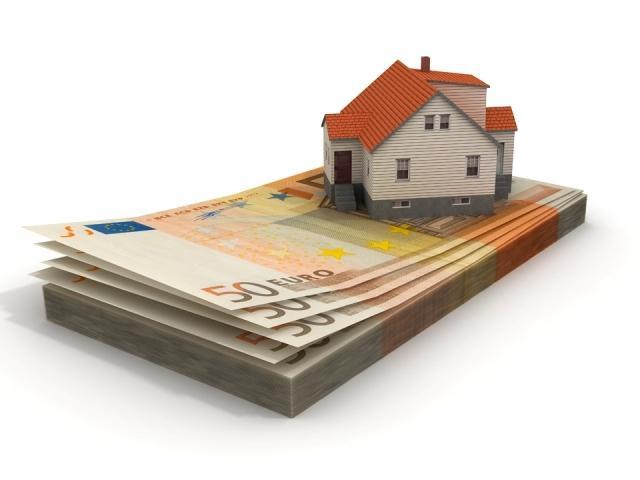 Executarea silită pentru creditele imobiliare și de consum ar putea fi suspendată pe timpul contestațiilor