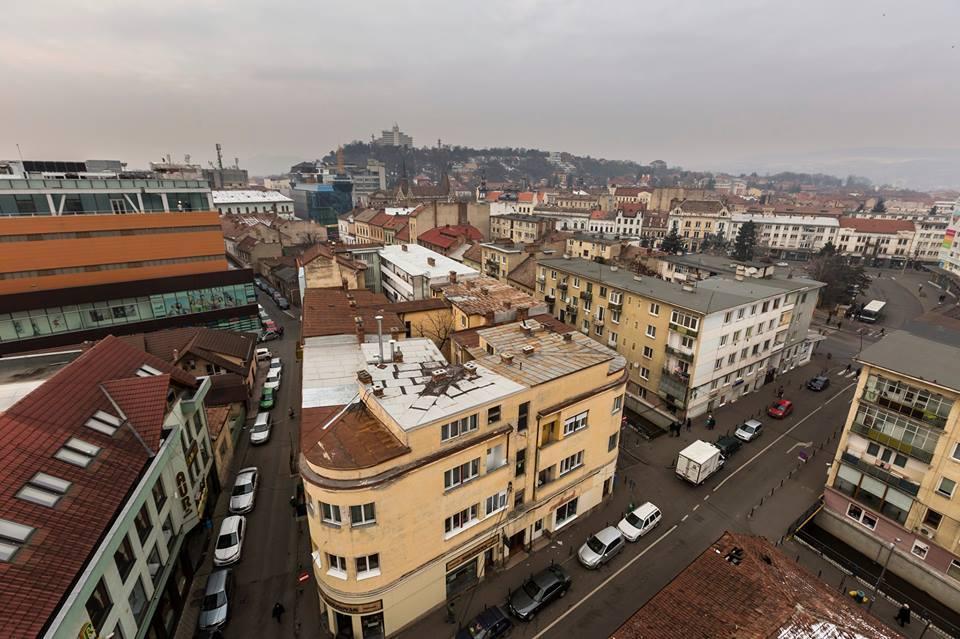 Regiunea Nord-Vest conduce la construcţia de noi locuinţe. Tranzacţii cu bani virtuali în Cluj
