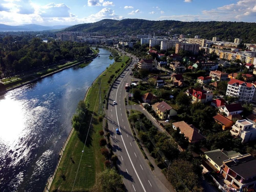 Cu cât se vând apartamentele, în martie, la Cluj. Piaţa rezidenţială din România - locul 15 într-un TOP global