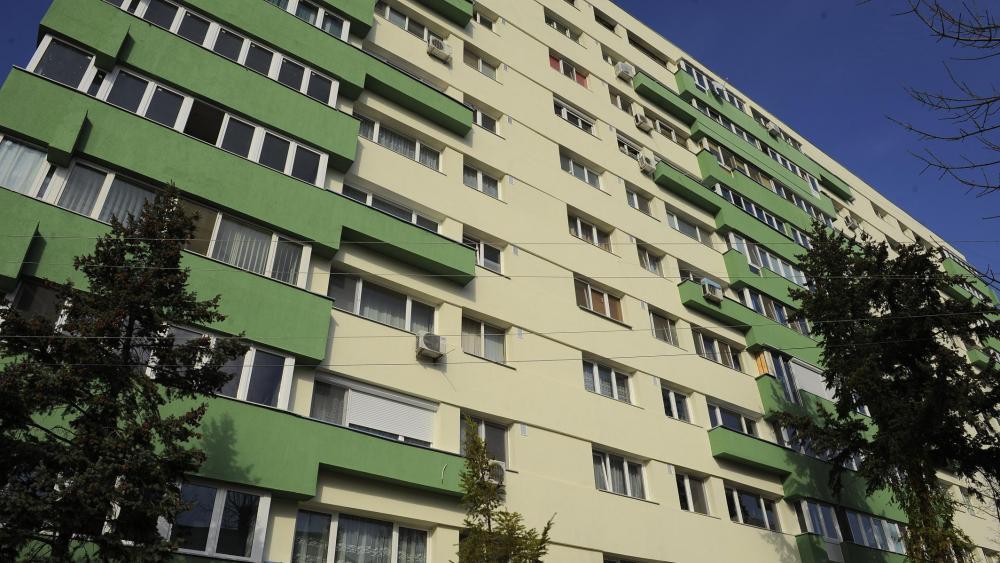 START semnături pentru reabilitarea termică a blocurilor. Mai mulţi bani de la UE