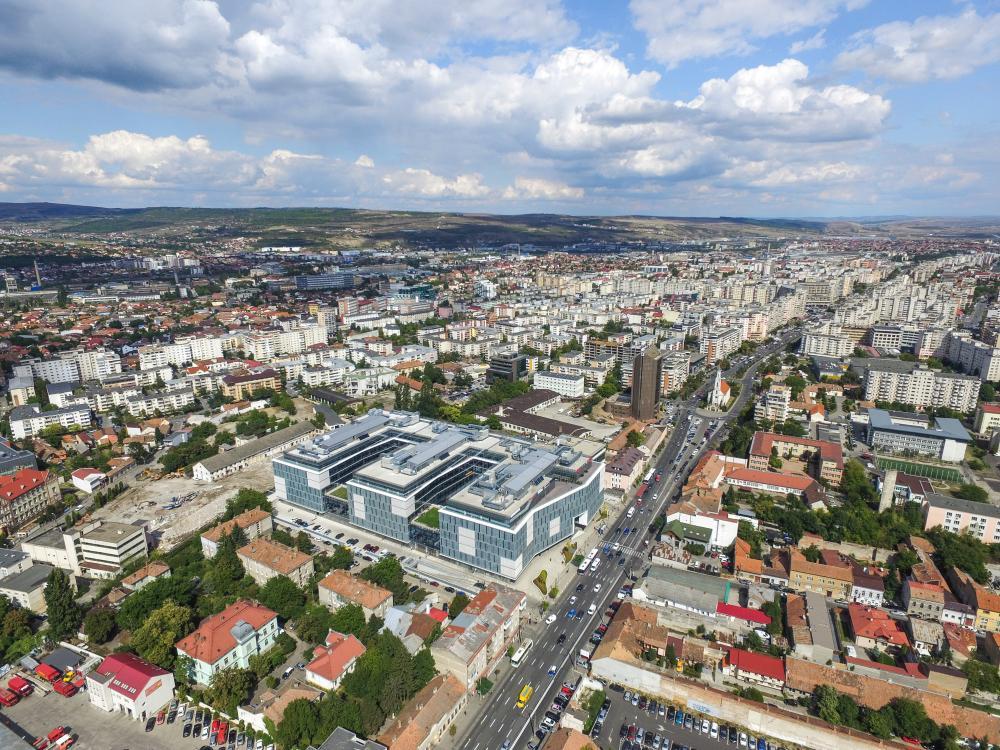 Vrei să vinzi sau să dai în chirie un apartament în Cluj? INFOGRAFIC cu preţurile pe cartiere şi evoluţia pieţei imobiliare din ultimii 3 ani!