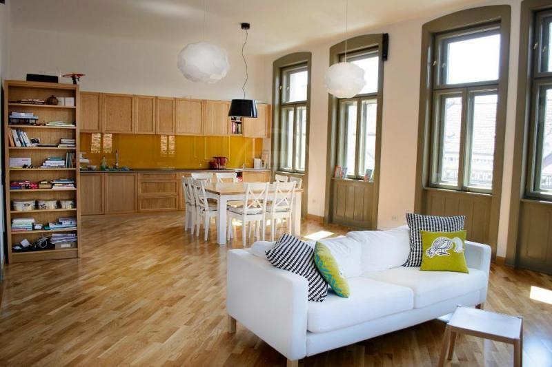Avans de 2 la sută pentru piaţa imobiliară din Cluj. Cum să-ţi vinzi apartamentul rapid şi la cel mai bun preţ