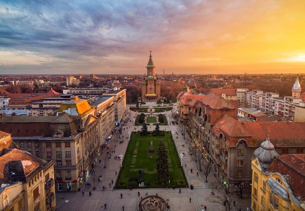 Braşov şi Timişoara, în TOPUL vânzărilor imobiliare. Clujul, mai multe şantiere ca în 2020