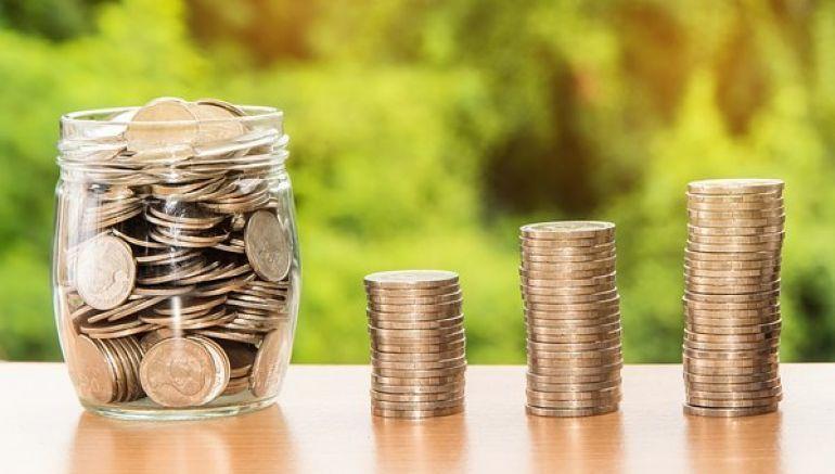 Scad ratele la bancă. BNR schimbă regulile începând din această toamnă