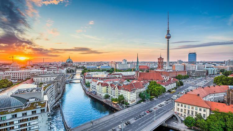 Model pentru Cluj? Berlinezii au votat naționalizarea a mii de apartamente deținute de giganți imobiliari