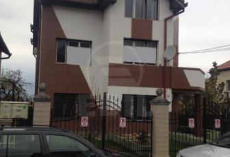 Casa 10 camere, Zorilor