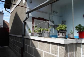 Casa de vanzare 6 camere  in Cluj Napoca -  Semicentral