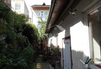 Casa de vanzare 9 camere  in Cluj Napoca -  Semicentral