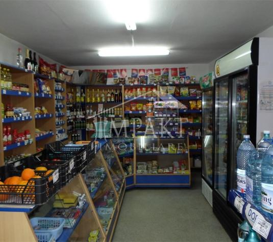 Spatiu de vanzare 2 camere  in Cluj Napoca - cartierul Intre Lacuri