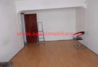 Apartament 1 camera de vanzare in Cluj, zona Gara, 42000 eur