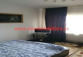 Apartament 3 camere de vanzare in Cluj, zona Europa, 75000 eur