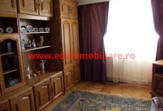 Apartament 3 camere de vanzare in Cluj, zona Manastur, 66000 eur