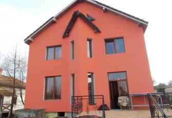 Casa cu 1300 mp teren