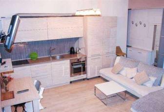 Vanzare Apartament 3 Camere In IRIS Zona CLUJANA