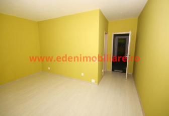 Apartament 3 camere de vanzare in Cluj, zona Zorilor, 144000 eur