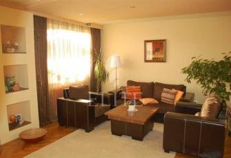 Vanzare Apartament 3 Camere In PLOPILOR Zona Plopilor