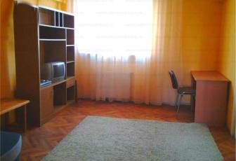 Apartament 2 camere de inchiriat in Cluj, zona Centru, 450 eur
