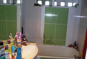 Apartament 3 camere Grigore Alexandrescu 67000 euro neg
