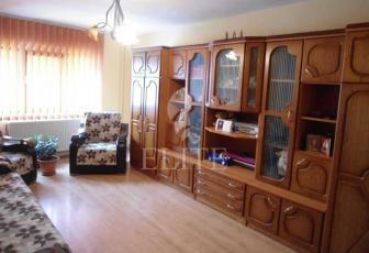Vanzare Apartament 2 Camere In MANASTUR Zona Tasnad