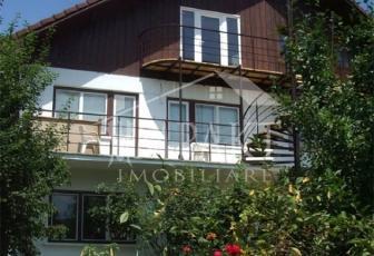 Casa de vanzare 9 camere  in Cluj Napoca - cartierul Zorilor