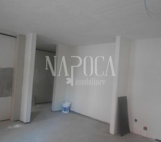 Apartament 3  camere de vanzare in Floresti, Floresti