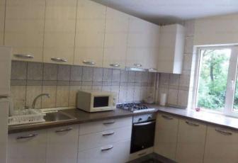Apartament 3 camere de inchiriat in Cluj, zona Zorilor, 570 eur