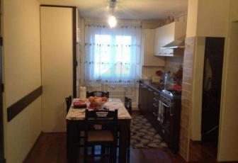 Apartament de vanzare 4 camere in bloc