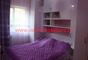 Apartament 4 camere de vanzare in Cluj, zona Marasti, 110000 eur