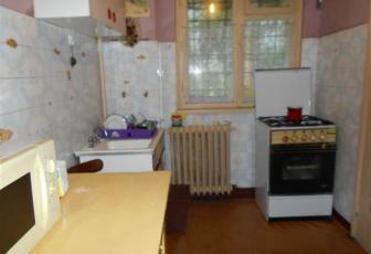 Vanzare apartament cu 3 camere pe Aleea Azuga