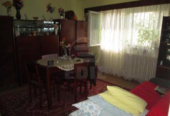Apartament de vanzare 3 camere  , 72 mp, decomandat, etaj parter/4 in Manastur, Manastur