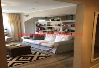 Apartament 4 camere de vanzare in Cluj, zona Manastur, 93000 eur