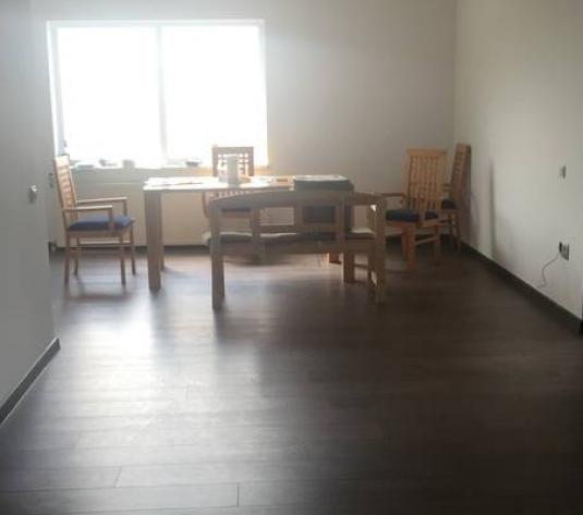 Casă / Vilă cu 20 camere de vânzare în zona Zorilor