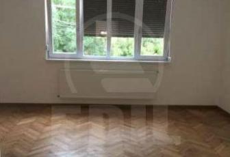 Case de vânzare 10 camere Cluj-Napoca, Central