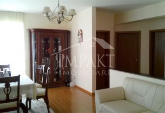 Apartament de vanzare 4 camere  in Cluj Napoca - cartierul Europa