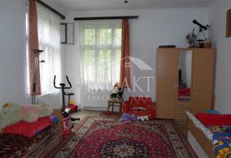 Apartament de vanzare 3 camere  in Cluj Napoca -  Centru
