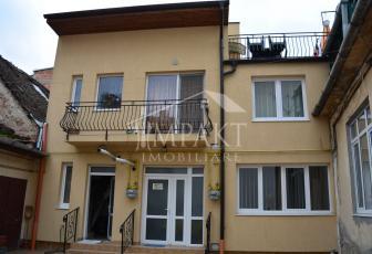 Apartament de vanzare 7 camere  in Cluj Napoca -  Centru