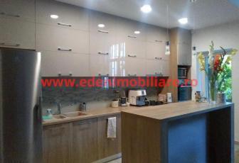 Apartament 4 camere de inchiriat in Cluj, zona Grigorescu, 950 eur