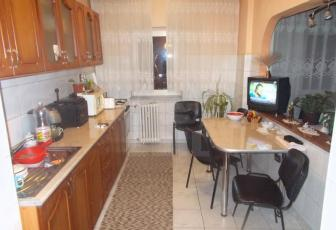 Apartament 4 camere  de vanzare , 83 mp, decomandat, etaj 2/10 in Manastur, Manastur