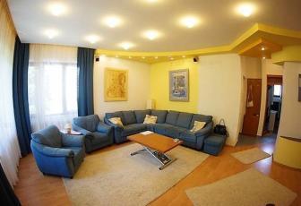 Apartament superb in vila in Andrei Muresanu zona Parcul Engels