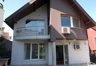 Vanzare casa unifamiliala cu 500 mp teren in Zorilor
