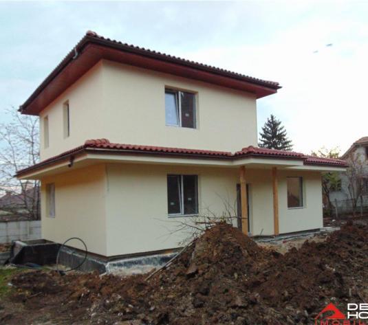 Casa noua de vanzare, Andrei Muresanu, zona Engels, 1250 mp teren