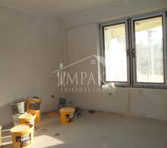 Apartament de vanzare 3 camere  in Cluj Napoca - zona Gruia