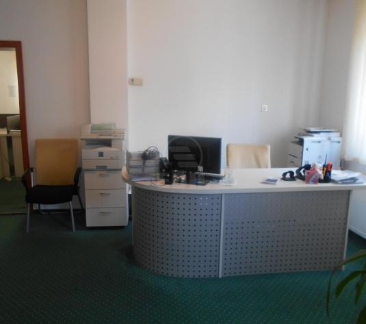 Birouri de închiriat 3 incaperi Cluj-Napoca, Dambu Rotund