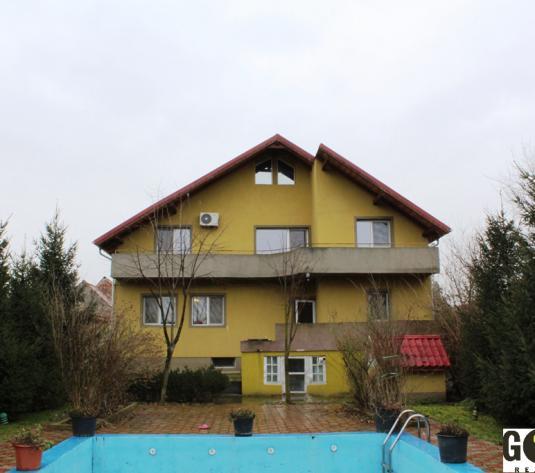 Vand vila lux cu piscina, in Aradul Nou (ID: 571)